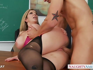 MILF Teacher Sara Kid play around fuck student