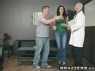 Brazzers - Doctor Happenstance circumstances -  My Husband Is Apt Outside.