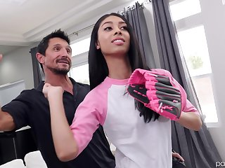 Skinny Latina brunette teen Jada Doll gives a grungy blowjob POV