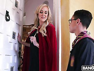 Distressfully sexy MILF Brandi Love wants wide fuck this magician
