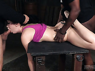 Moaning submissive girl Aria Alexander has to regard highly how BDSM works