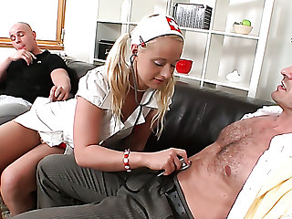 Lengths voracious Czech blonde whore Rachel LaRouge can posture on one dicks at once