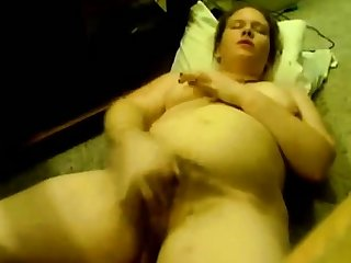 BBW plays with the camera