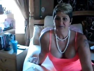 Adult BBW unsurpassed on webcam